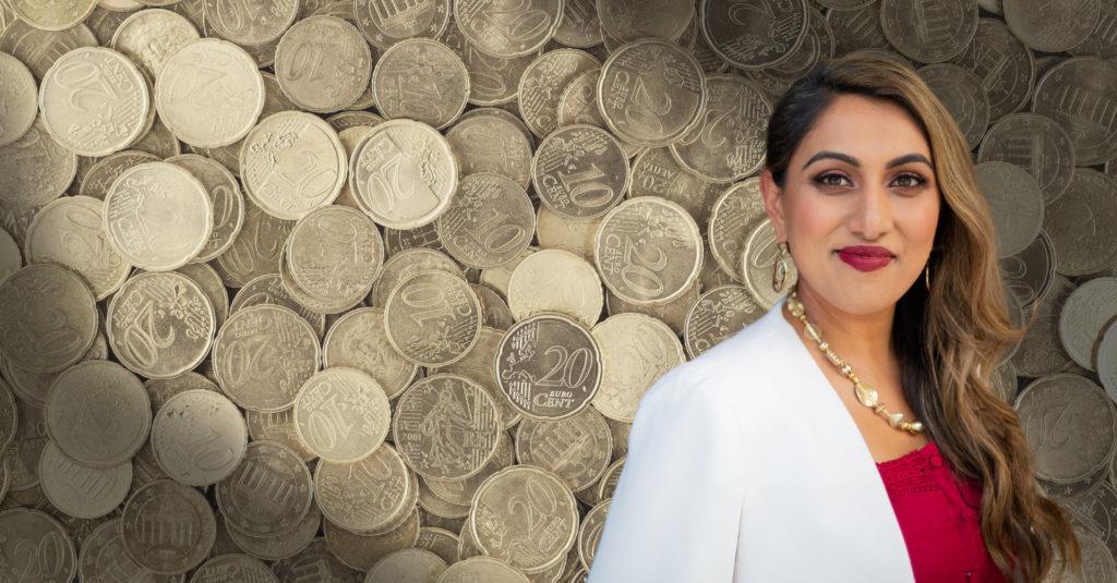 adeela-header-money
